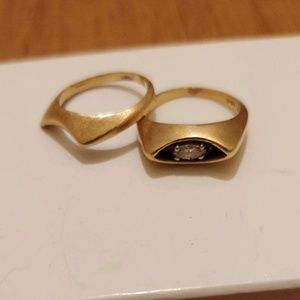 14 karat gold diamond wedding band set